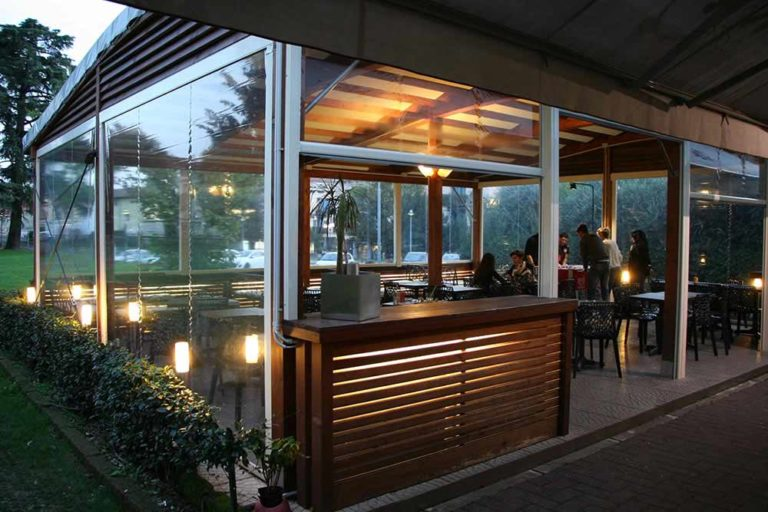 aperitivo esterno makika cafe giussano