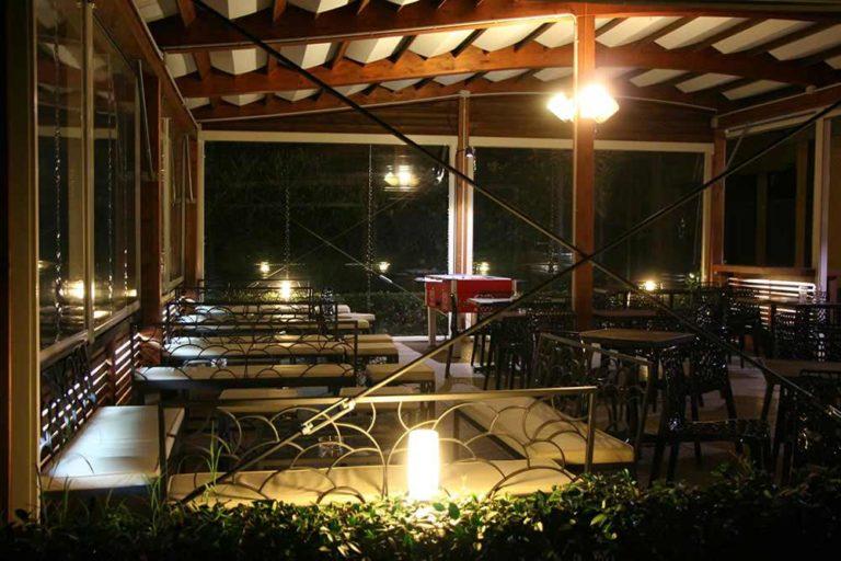 giardino esterno makika serale