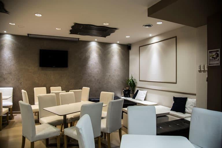 sala principale makika cafe